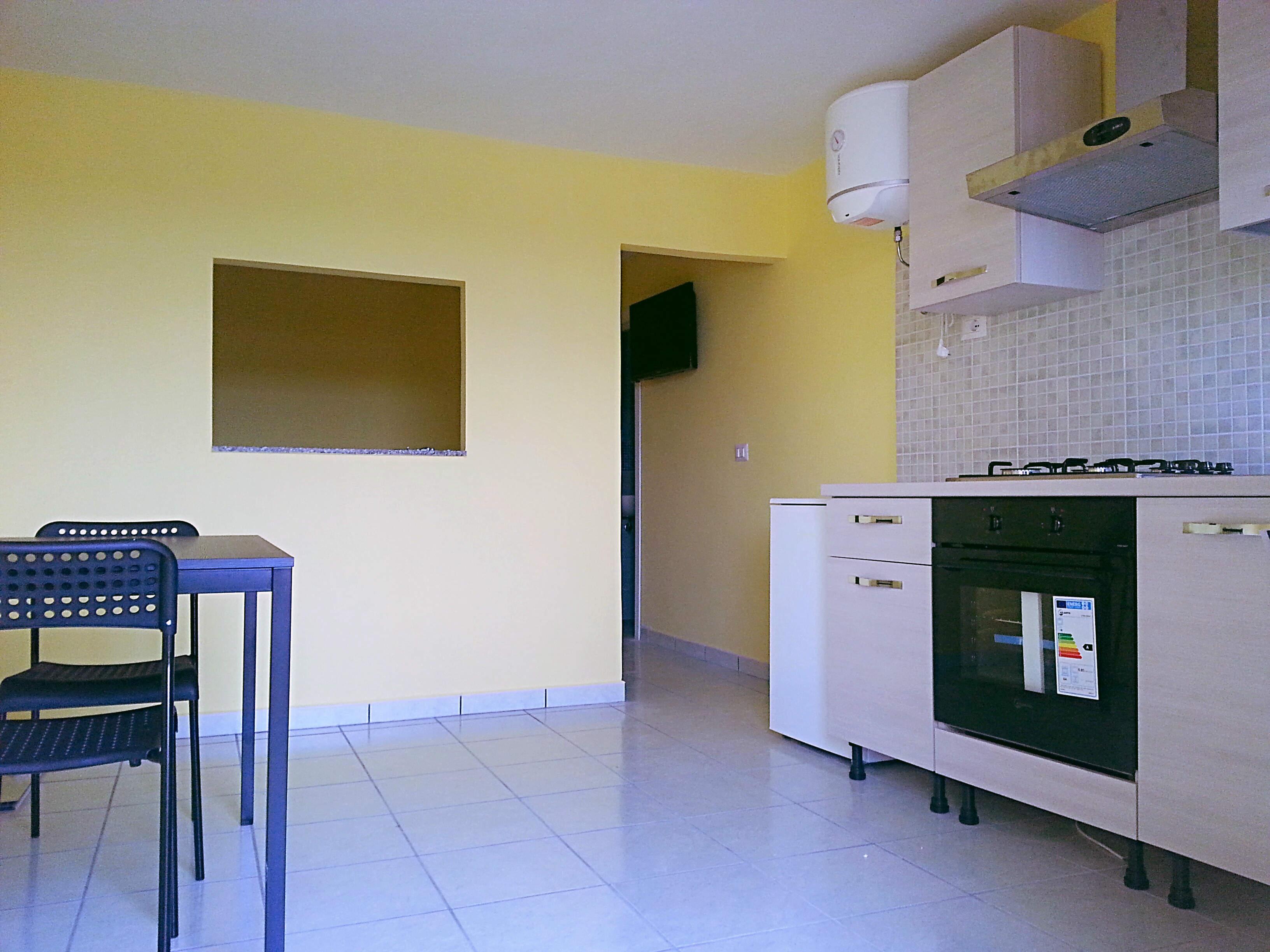 Monocamera di 30 mq arredata a quarto key immobiliare - Cucina birichina quarto ...