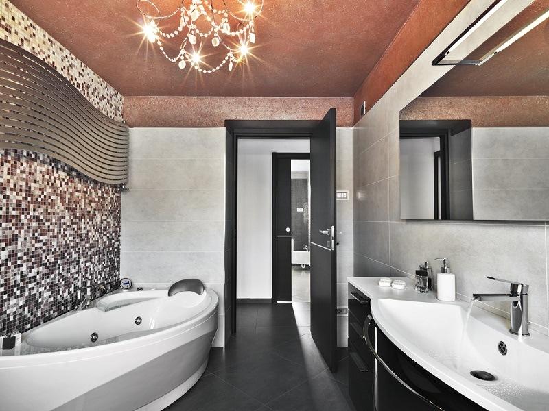 Bagno Piccolo Mosaico.Il Mosaico La Soluzione Apprezzata Per Il Bagno Key Immobiliare